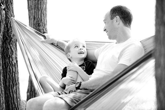 7 نصائح نحو بناء علاقة إيجابية مع الأبناء ستندم إن لم تطبقهم على الفور